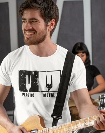 Pánské tričko Plastic vs Metal