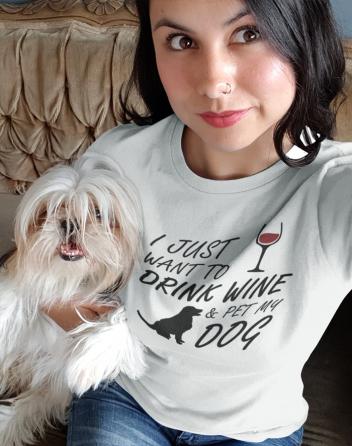 Dámské tričko - Drink wine and dog